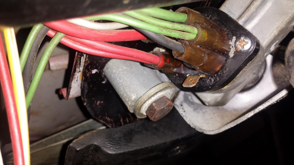 Wiring From Ignition Switch And Under Dash - BMW 2002 General ...