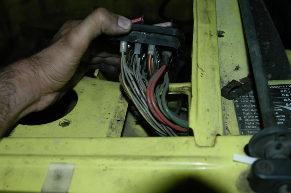 labelling wiring harness bmw 2002 general discussion bmw 2002 faq rh bmw2002faq com 2002 f150 trailer wiring harness 2002 impala wiring harness