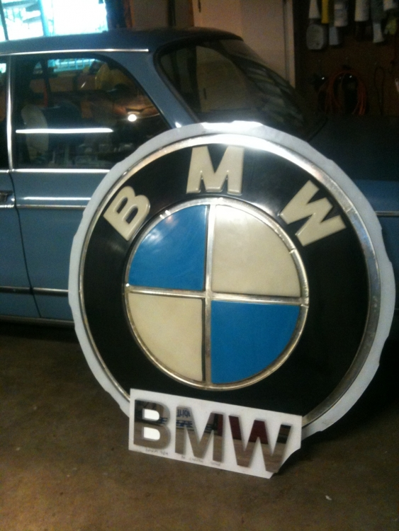 Vintage Dealership Signs Parts For Sale BMW FAQ - Bmw signs for sale