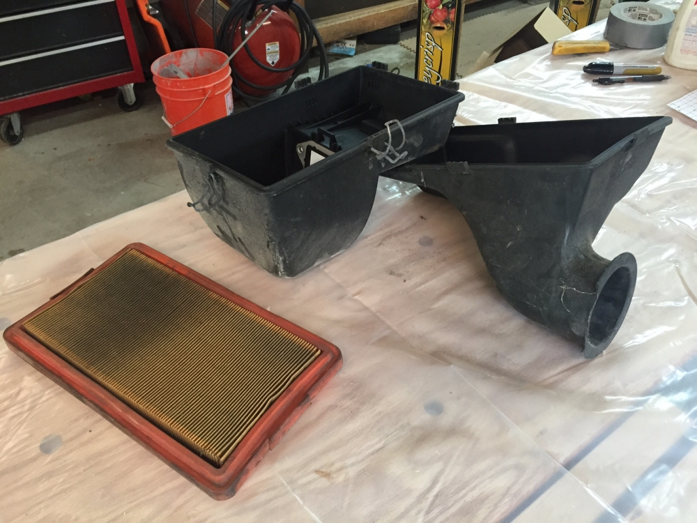 s14 airfilter and box.JPG
