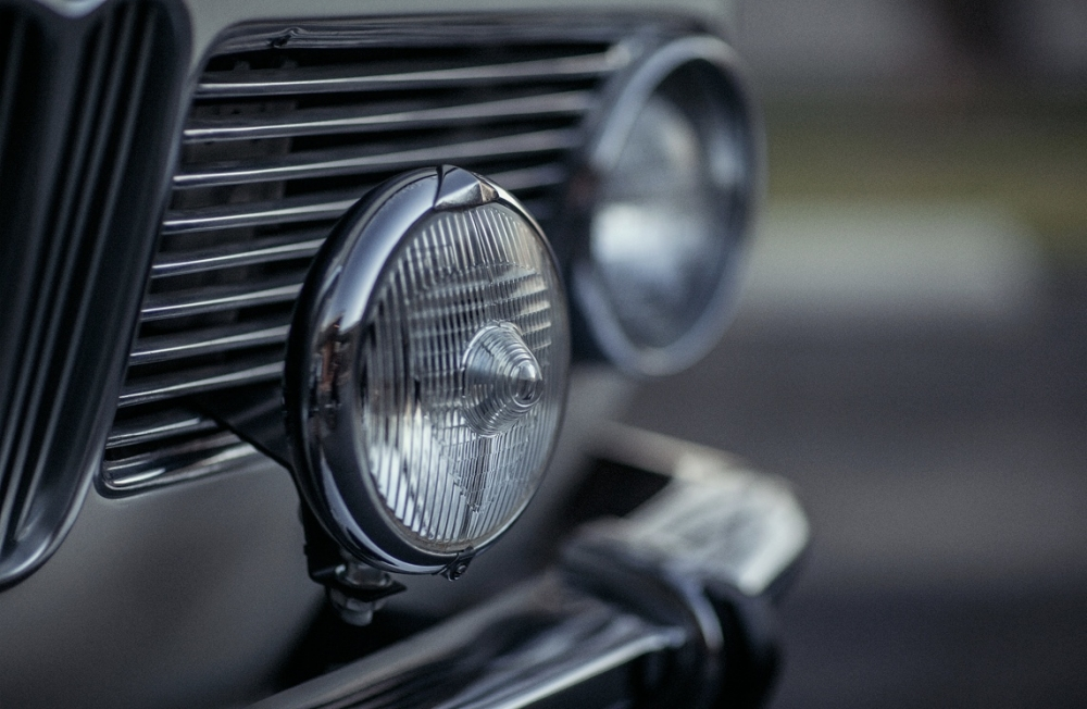 jeff-tighe-bmw-2002-fog-light.thumb.jpg.fdae9f83a19fe5001a1b821ee6bf7d53.jpg