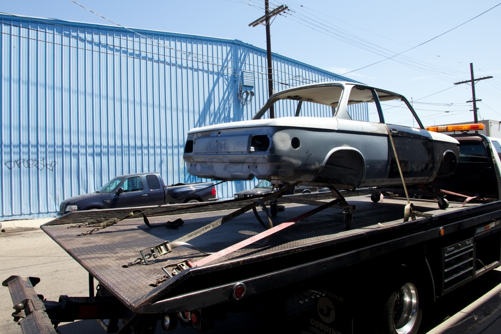 Clarion Builds BMW 2002 Move To Paint 15384