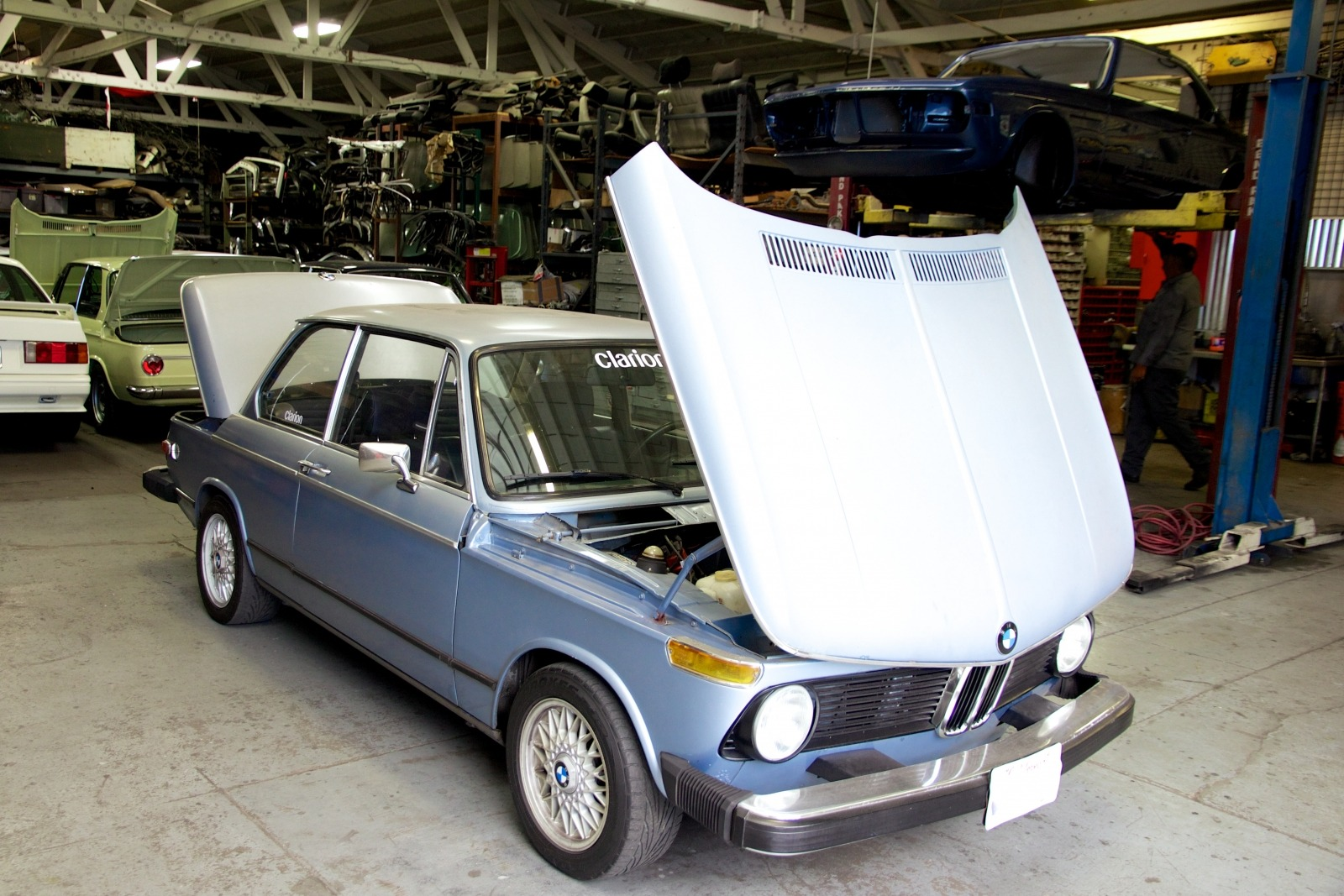 Clarion Builds BMW 2002 CoupeKing Teardown 13099