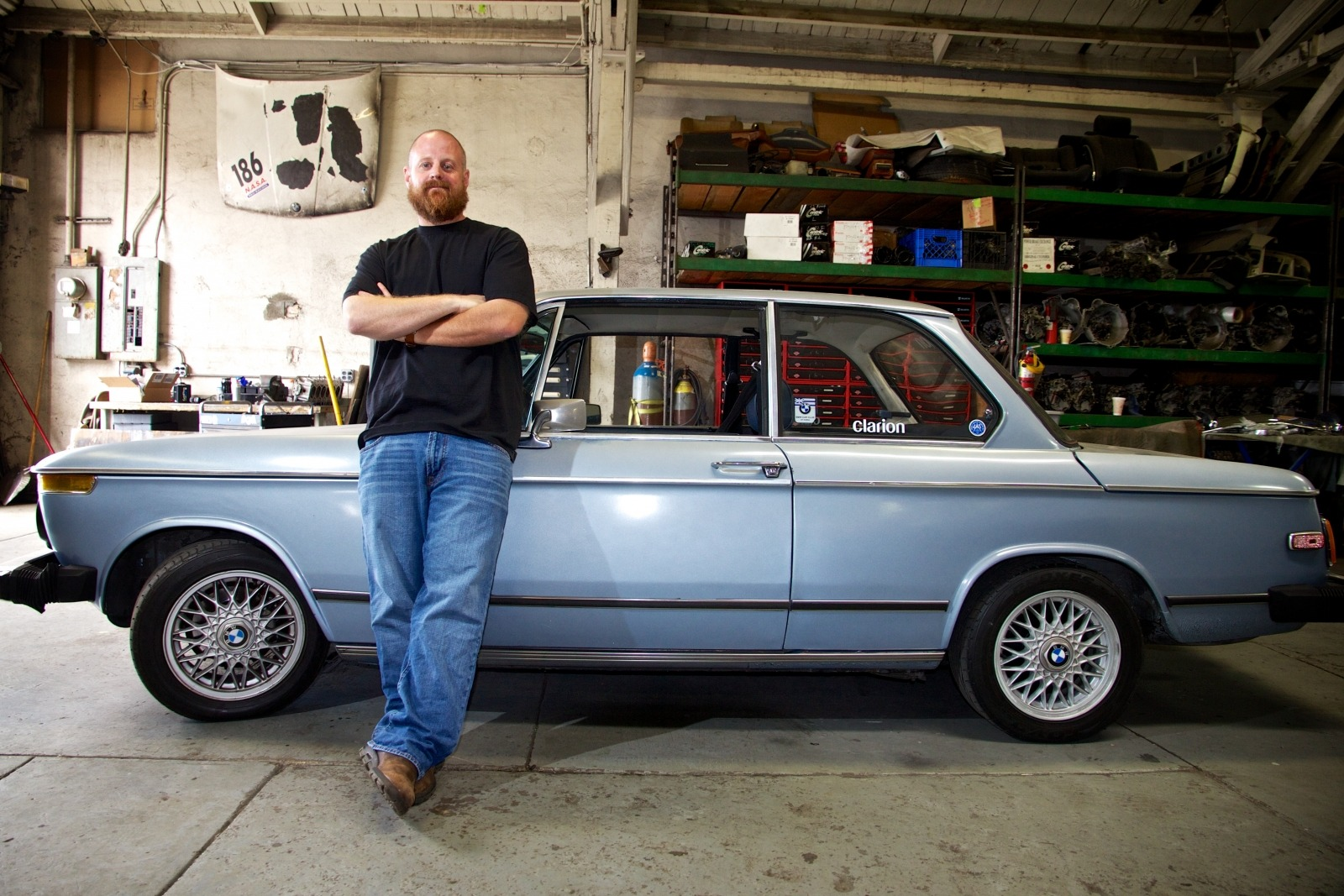 Clarion Builds BMW 2002 CoupeKing Teardown 13196