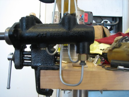 Bench Bleed Brake Master Cylinder