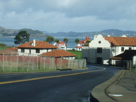 Tiburon from Crissy Field Ave 181201.JPG